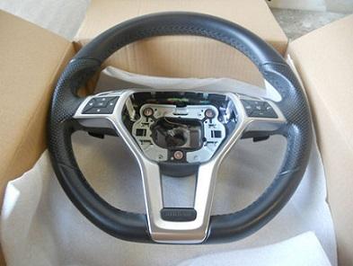 Рестайлинговый руль W204 (спорт пакет AMG) 16426_rul_2