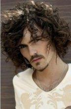 Парни с длинными волосами - Страница 2 90504_674__200x400_men-long-wavy-hairstyle-with-curly-bangs