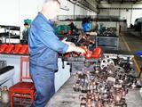 Рівненські перевізники допомогли військовим відремонтувати автобус